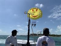 successful parasailing - 3