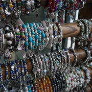 hand crafted jewelry retail - 1