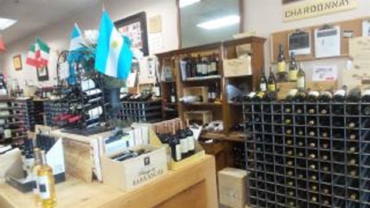 busy wine liquor store - 5