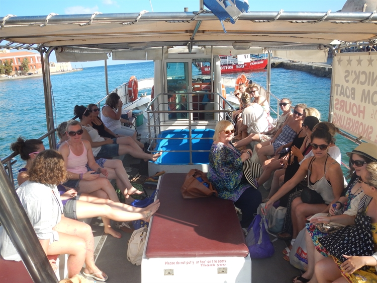 glass bottom tourist boat - 4