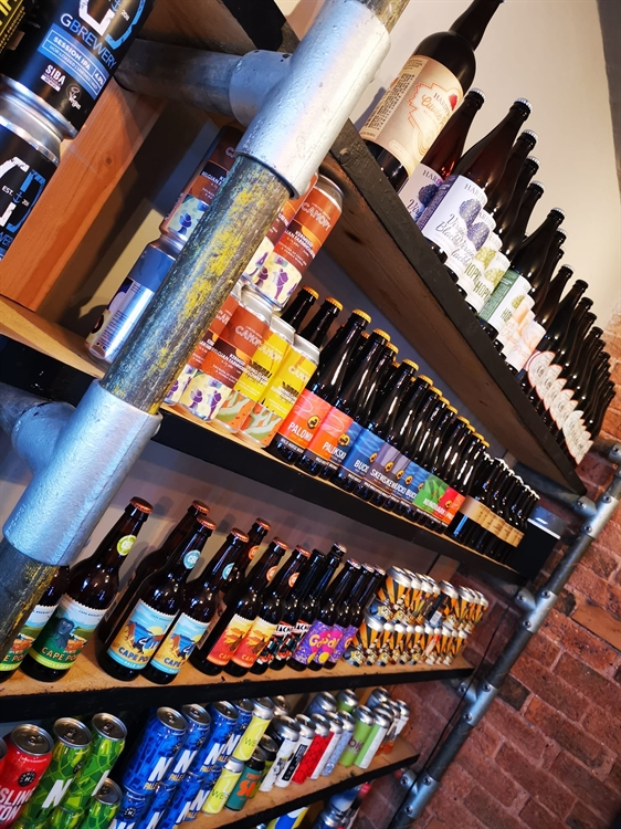craft beers gin bar - 8