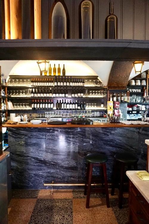 successful historical restaurant lisbon - 9