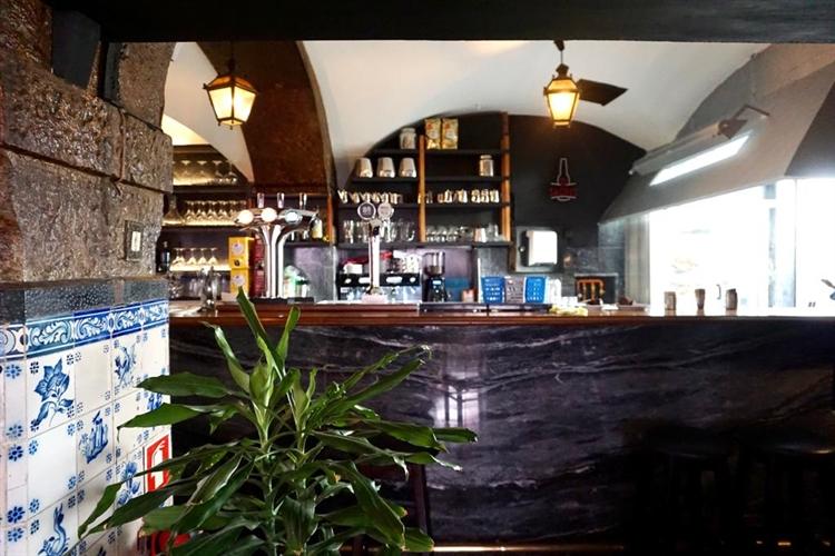 successful historical restaurant lisbon - 8