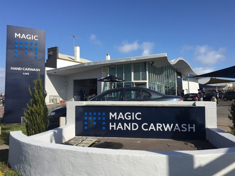 magic hand carwash gippsland - 5