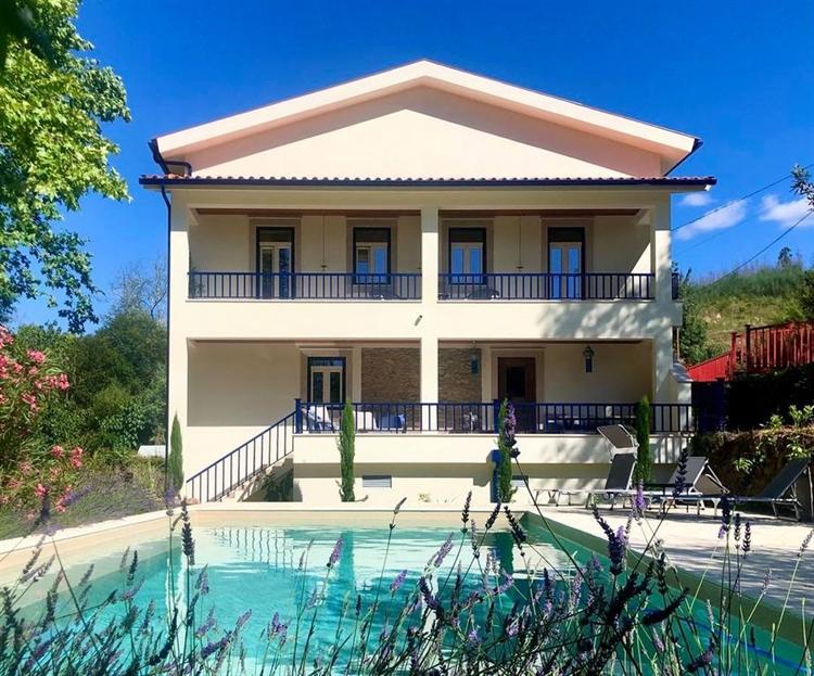 3 waterfront villas 3 - 5