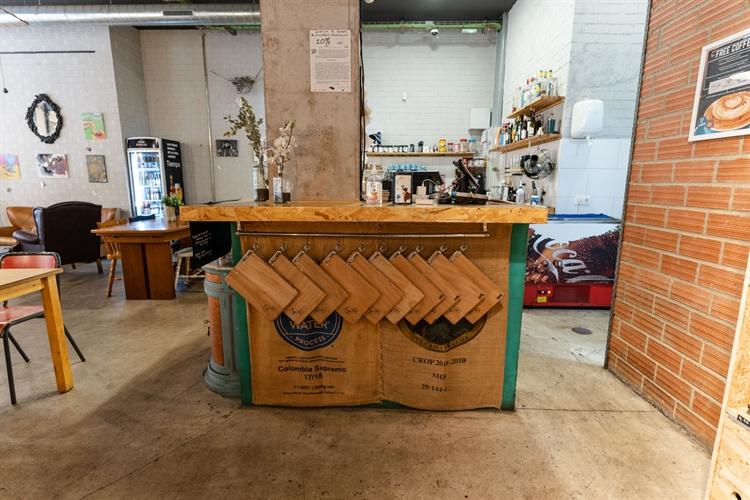 successful specialty coffee shop - 8