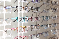 profitable opticians retail practice - 1