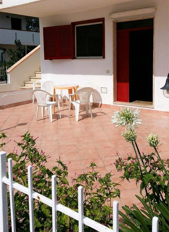 6 seaside italian apartments - 4