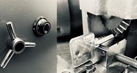 outstanding locksmith - 1