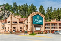 closest quality inn to - 1