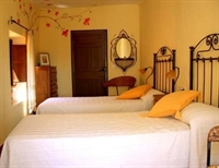 long established three bedroom - 3