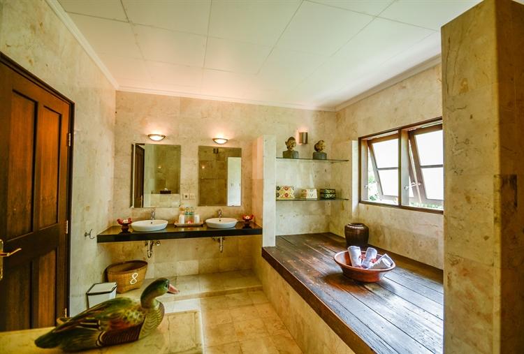 unique yoga retreat residence - 7