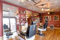 outstanding unisex barbers dagenham - 3