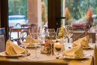 popular restaurant situated graceville - 1