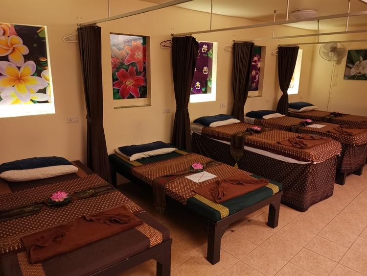 double wide massage spa - 7