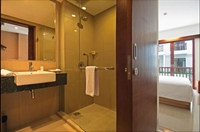 large hotel seminyak - 2