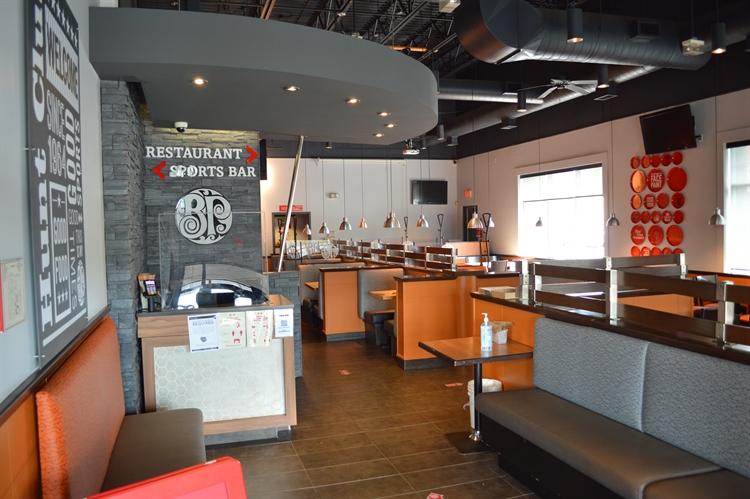 newly renovated boston pizza - 6