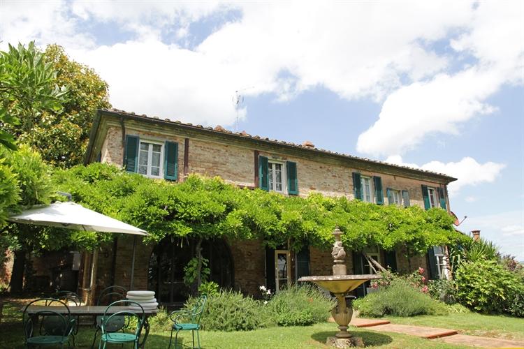 hamlet tuscany arezzo for - 4