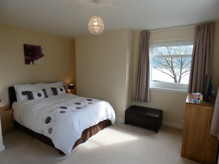 holiday cottages with loch - 5