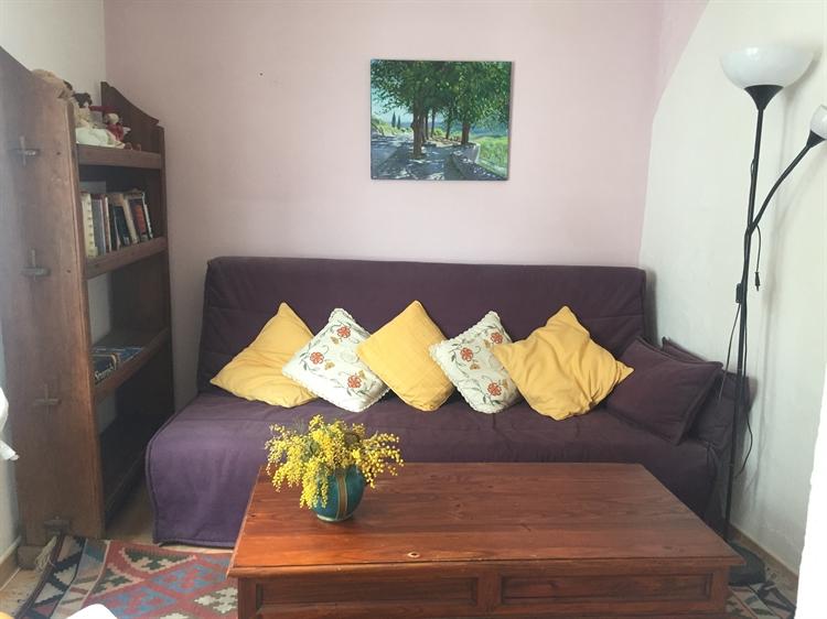 long established three bedroom - 8