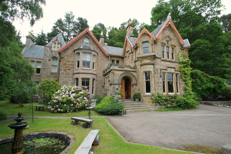 victorian mansion forres - 9