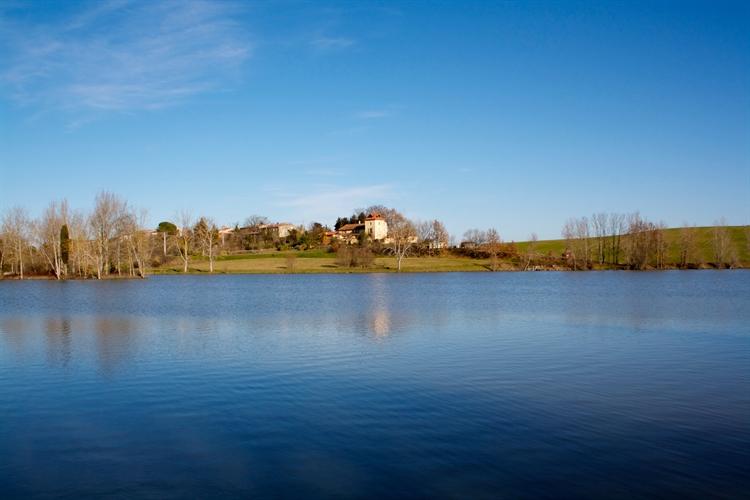 successful magical lakeside retreat - 6