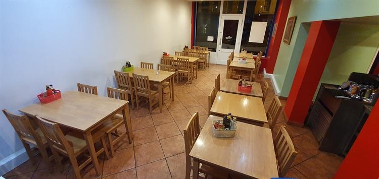 a3alcohol licenced day-time café - 5