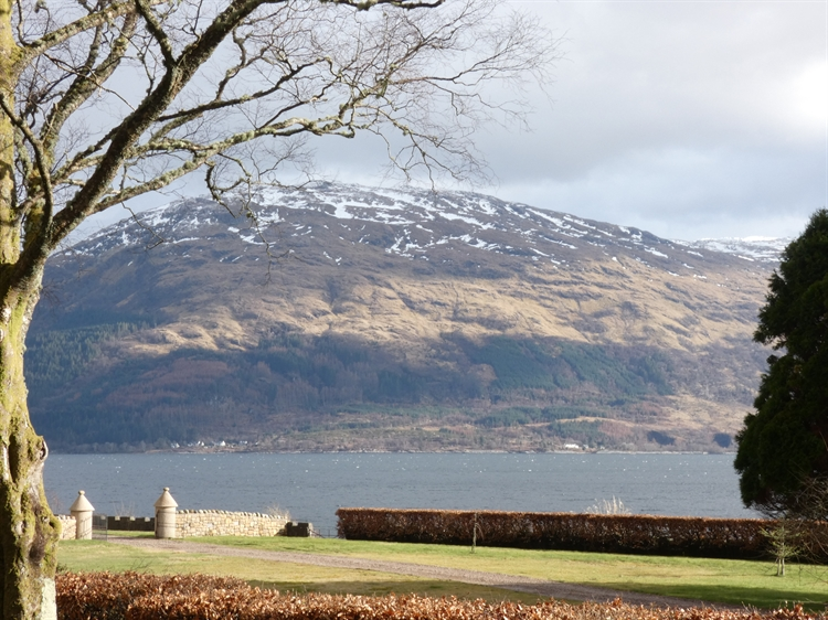 holiday cottages with loch - 13