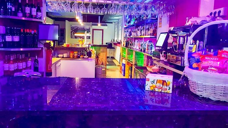 cafe bar right opposite - 5