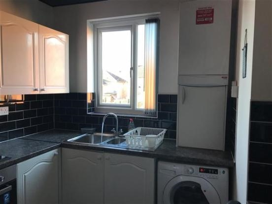 freehold six bedroom hmo - 9