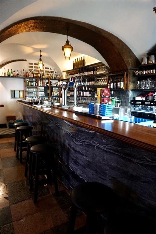 successful historical restaurant lisbon - 11