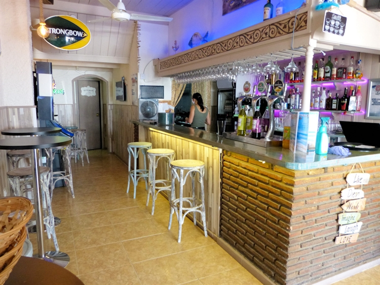 beach road cafe bar - 6