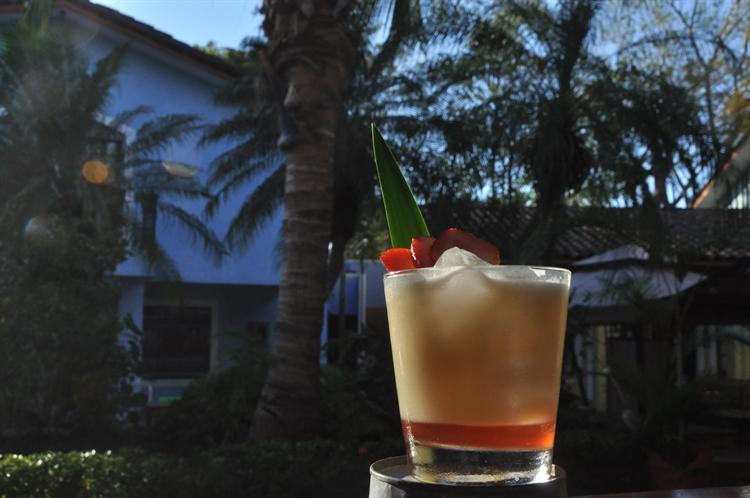popular cocktail bar playas - 7