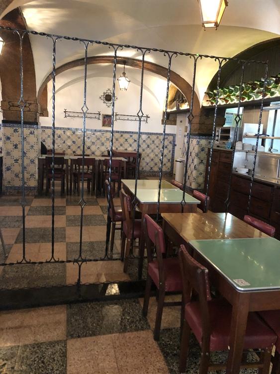 successful historical restaurant lisbon - 5