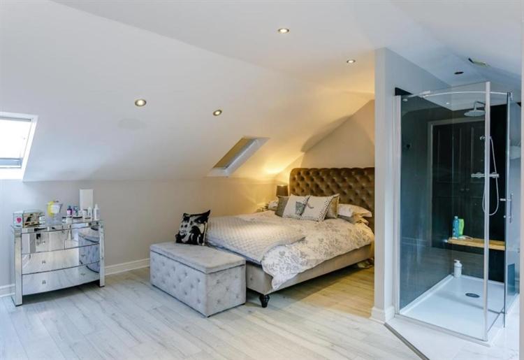 exceptional 6 bedroom guest - 4