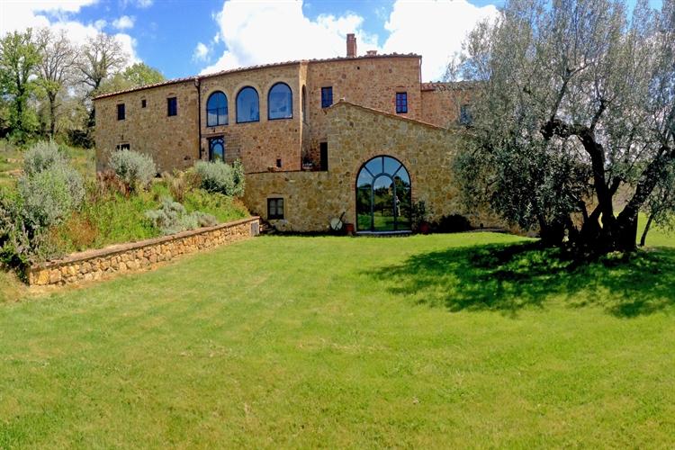 farm with vineyard montepulciano - 4