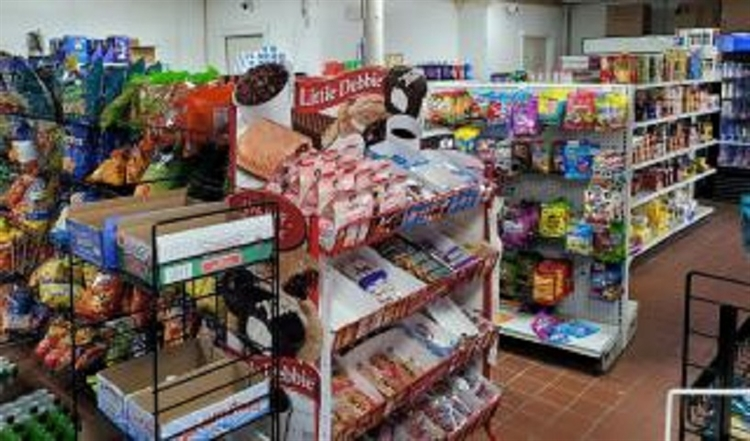 corner store hartford county - 5