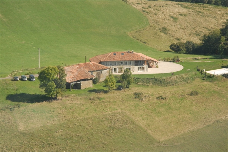 exceptional hilltop property pyrenees - 4