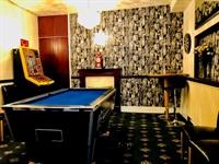 bedroom licensed hotel blackpool - 2