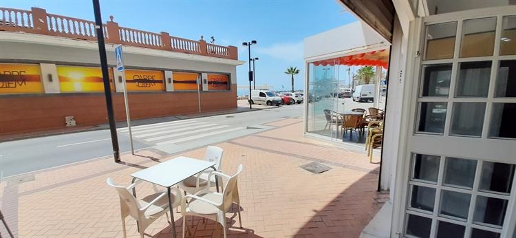 exceptional bar restaurant fuengirola - 11