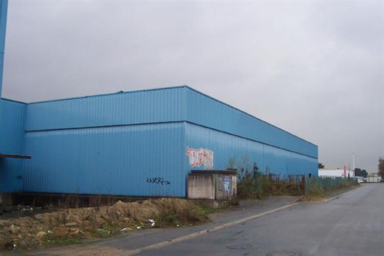 Buy a Warehouse Of 6000m2 In Saint Herblain business for