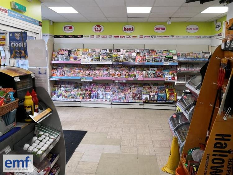 busy convenience store stoke - 4
