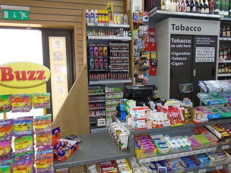 off license post-office bedford - 12