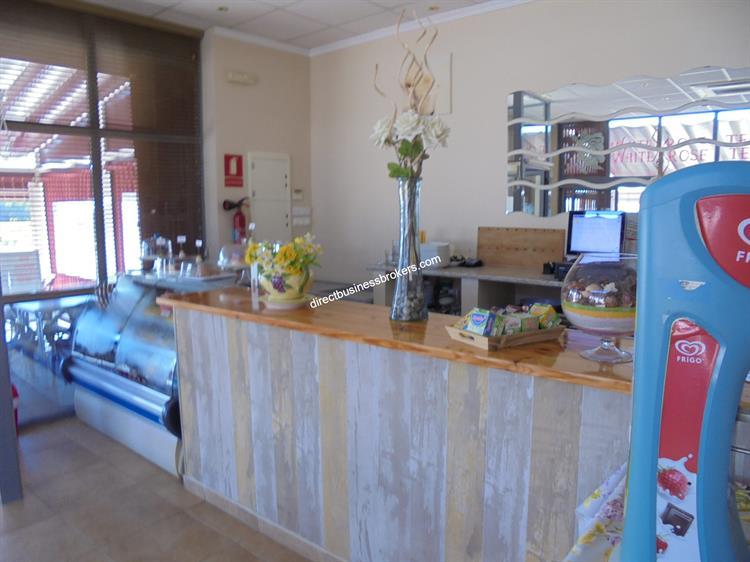 very busy tea room - 6