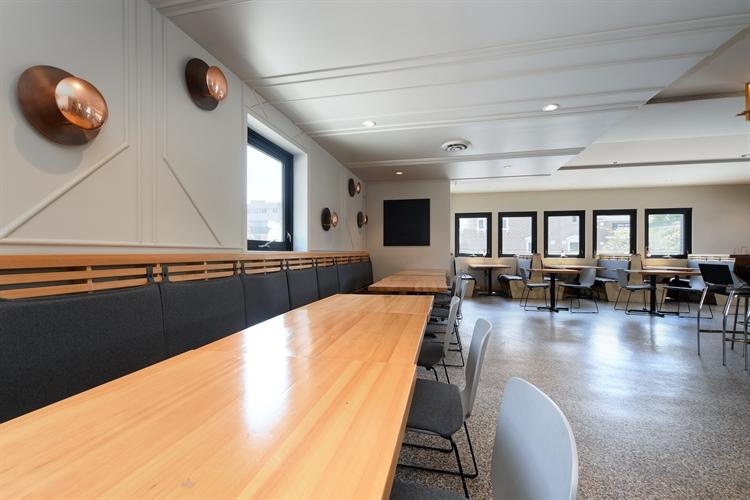 restaurant ft patio victoria - 4