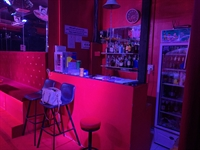 gogo bar directly on - 3