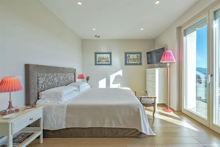 modern luxury villa tuscany - 12