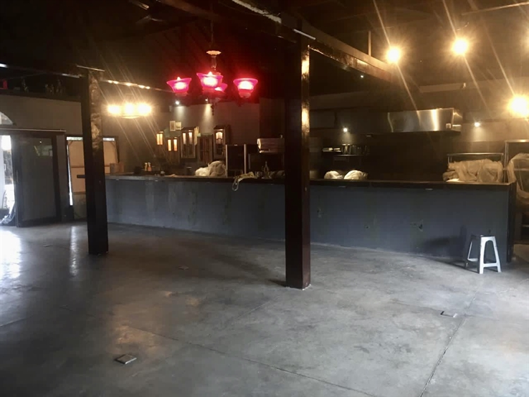 space for a restaurant - 6