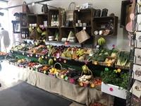 a one farm shop - 3