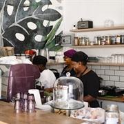 cafe serving health vegan - 1